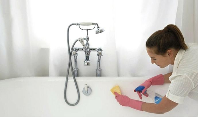 Clean the tub